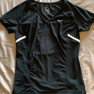 Nike dry fit workout top. Size small